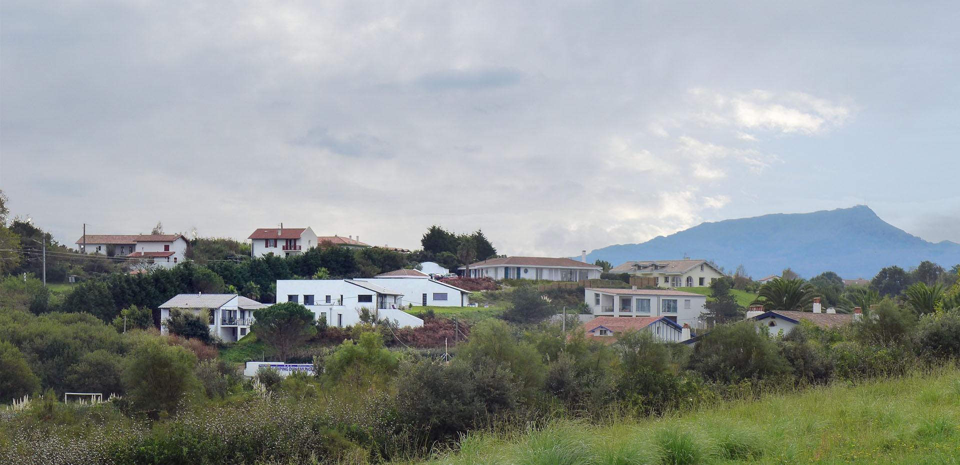 construction de villas contemporaines avec terrasses à Saint Jean de Luz, Côte Basque