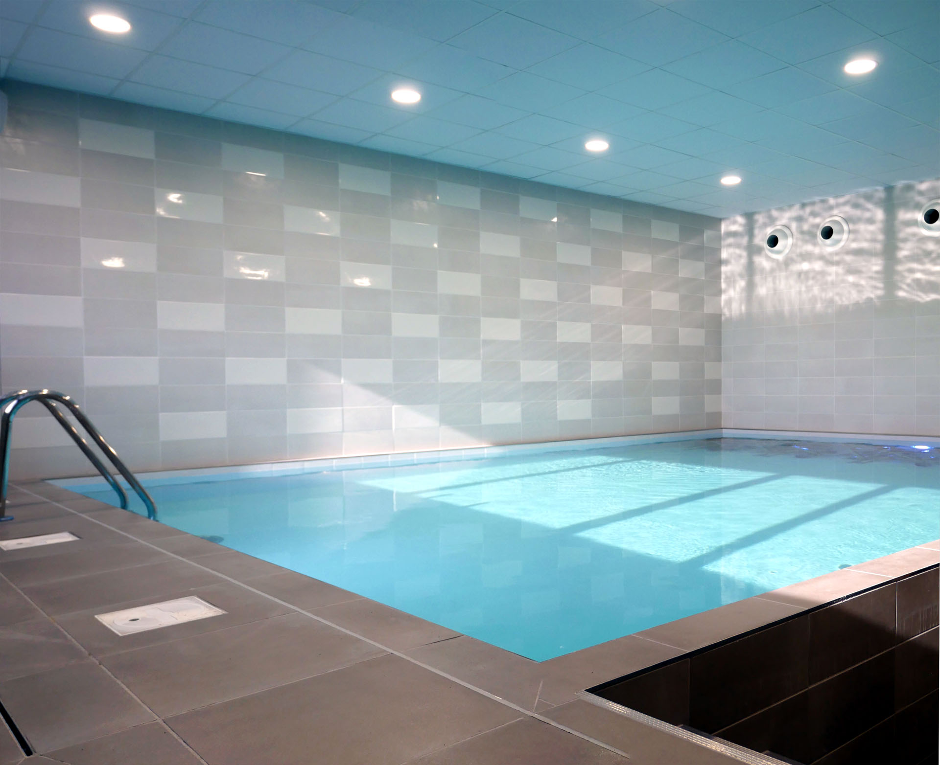 mise en eau de la piscine du centre aquatique architectes. Black Bedroom Furniture Sets. Home Design Ideas