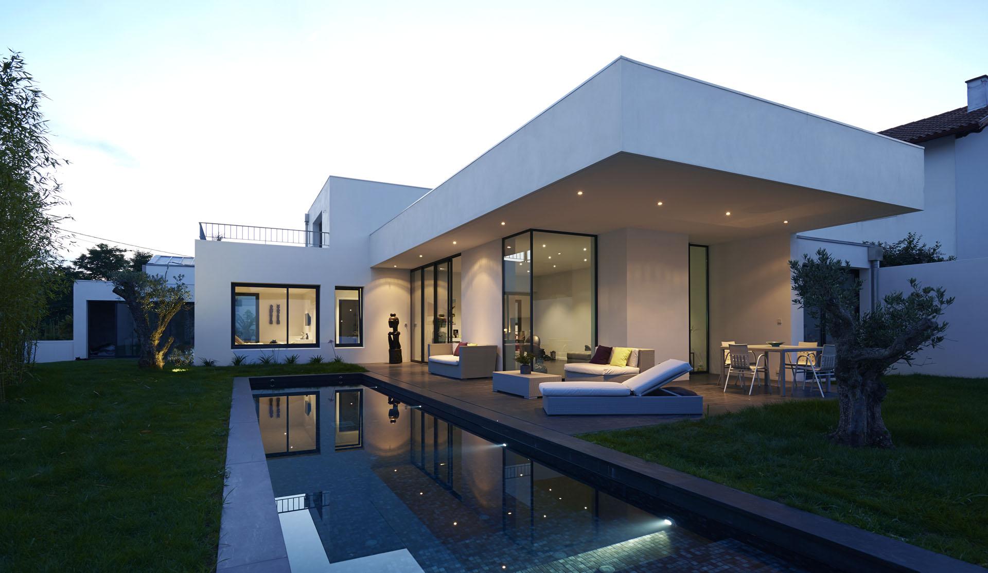 Construction de 2 villas contemporaines et piscine anglet architectes bordeaux rodde arag es - Maison de l architecture bordeaux ...