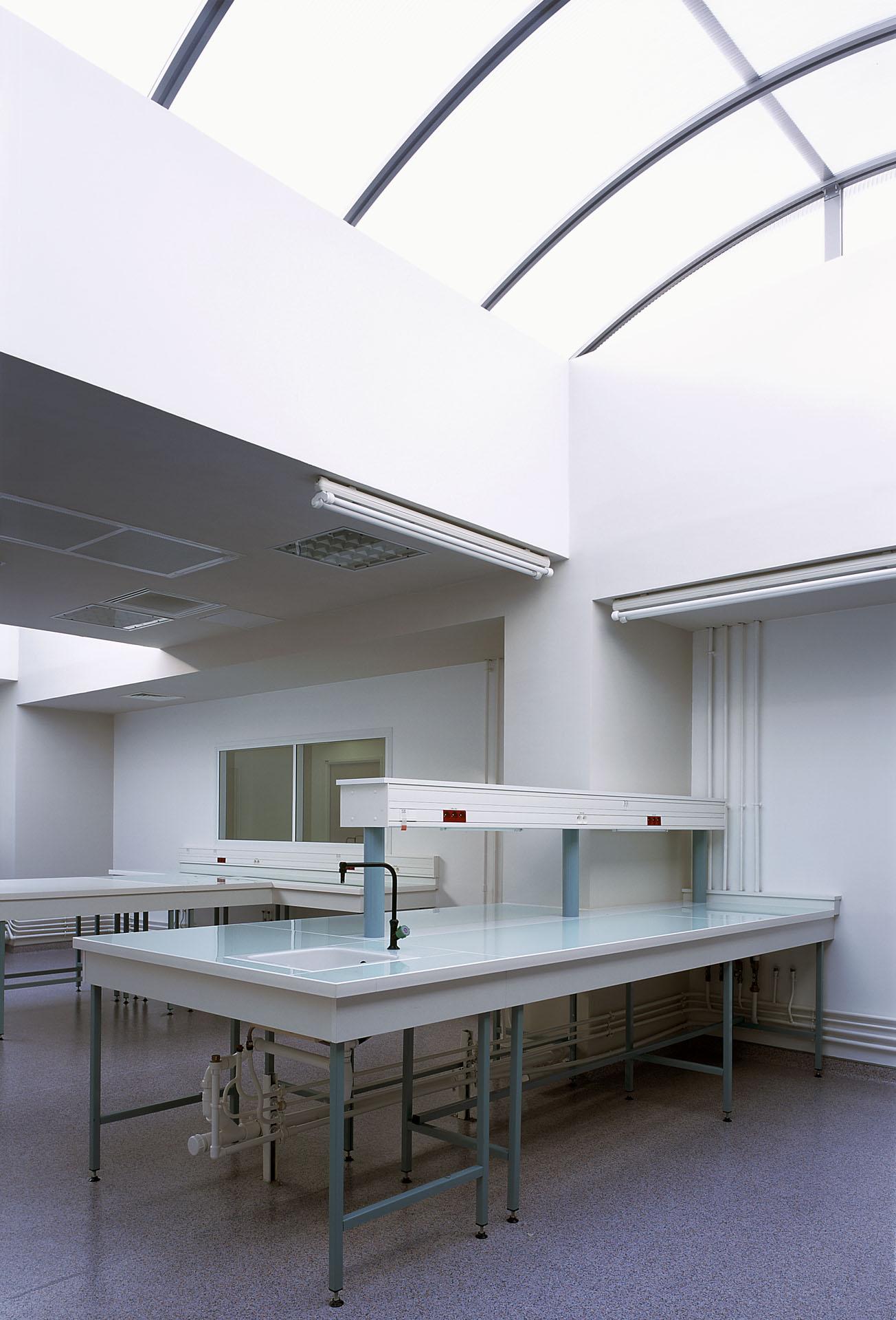 architecte laboratoire bacteriologie